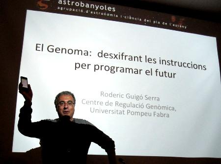 Roderic Guigó a la Setmana de la Ciència de Banyoles el 28.11.2014. Foto JL. Diez.