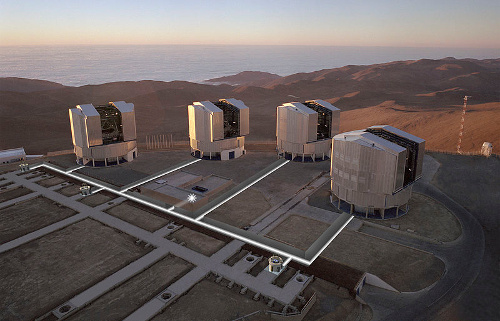 Very Large Telescope, Paranal, Xile. Imatge de l'Observatory Europeu Austral (ESO)